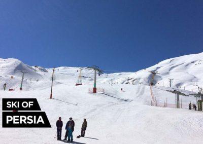 Front de neige de la station de ski de Dizin en Iran