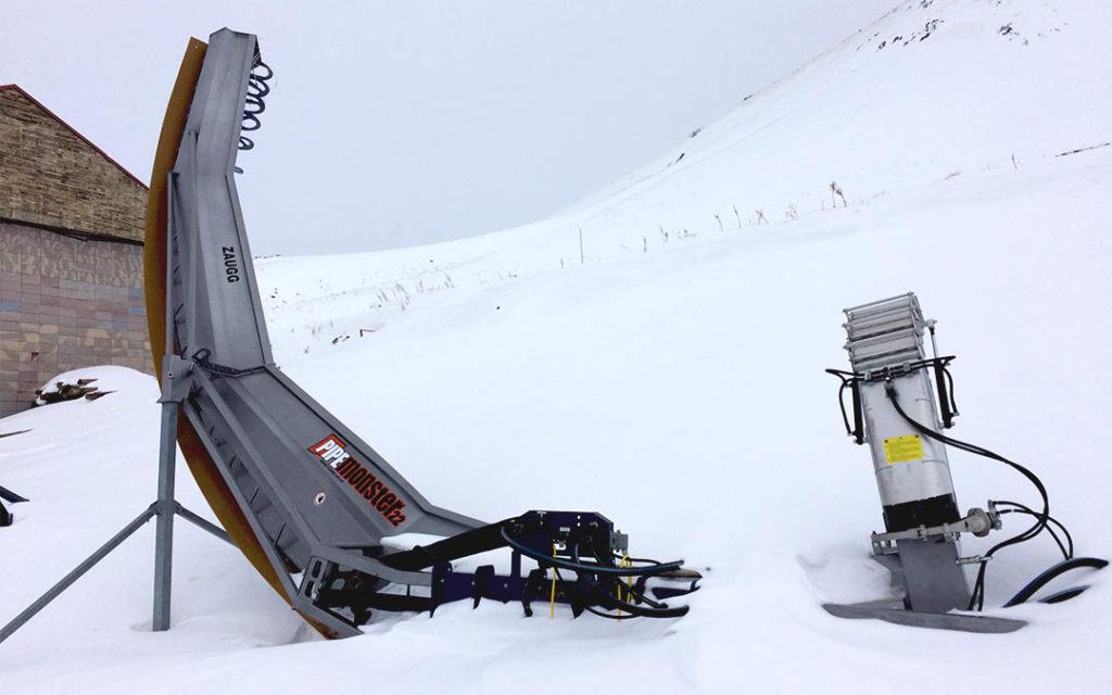 Machine pour tailler les Half-Pipe à Palandoken en Turquie
