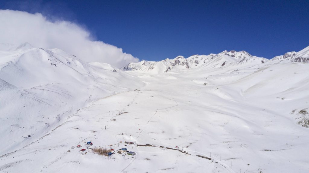 Alvares ski resort in Iran